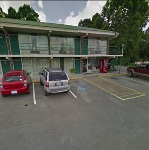 Oyo Hotel Whitely City Hwy 27 Ky photos Exterior