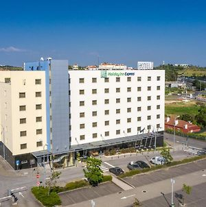 Holiday Inn Express Lisbon-Oeiras photos Exterior
