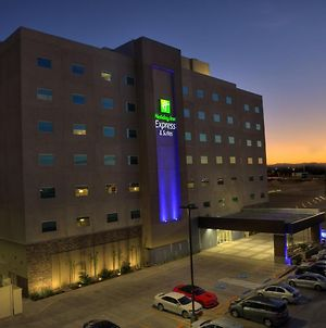 Holiday Inn Express & Suites Mexicali photos Exterior