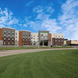 Holiday Inn Hotel & Suites Sioux Falls - Airport, An Ihg Hotel photos Exterior