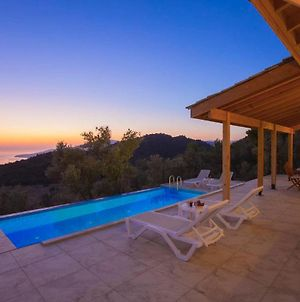 Kalkan Villa Sleeps 4 With Pool And Air Con photos Exterior