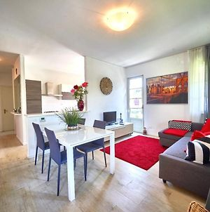 Your Familyapartment In Sirmione photos Exterior