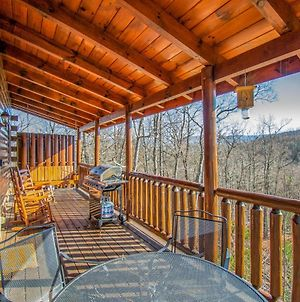 Serene Cabin W View, Hot Tub, Gameroom For 16 photos Exterior