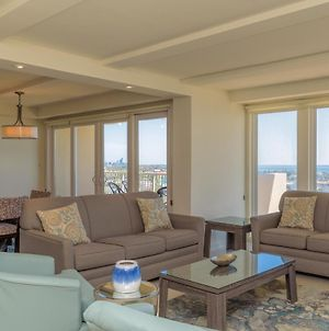Panoramic Bayview! Spacious 10Th Floor Condo Beachfront Resort, Shared Pools & Jacuzzi Pet Friendly photos Exterior