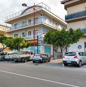Lovely Apartment In Torre Melissa With Private Terrace photos Exterior