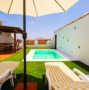 Villa With 2 Bedrooms In Antigua With Private Pool Furnished Terrace And Wifi 12 Km From The Beach photos Exterior