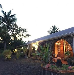 Bungalow With 3 Bedrooms In Vincendo With Shared Pool Furnished Garden And Wifi photos Exterior