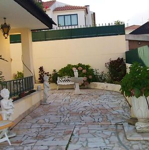 House With 3 Bedrooms In Sao Domingos De Rana With Wonderful Mountain View And Enclosed Garden 4 Km From The Beach photos Exterior