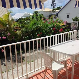 Apartment With One Bedroom In Saint Francois With Wonderful Sea View Enclosed Garden And Wifi 200 M From The Beach photos Exterior
