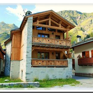 Chalet With 9 Bedrooms In Champagny En Vanoise With Wonderful Mountain View Furnished Balcony And Wifi 5 Km From The Slopes photos Exterior