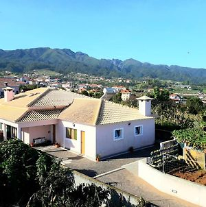 House With One Bedroom In Santana With Wonderful Mountain View Furnished Garden And Wifi 5 Km From The Beach photos Exterior