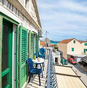 Scenic Apartment In Pakostane Near Sea And Town Centre photos Exterior