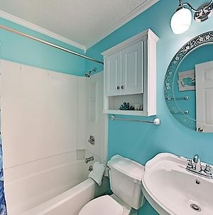 """New Listing! """"Seas The Day"""" All-Suite W/ 2 Pools Condo photos Exterior"""