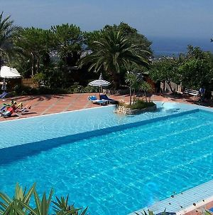 Piano Di Sorrento Villa Sleeps 2 Pool Air Con Wifi photos Exterior