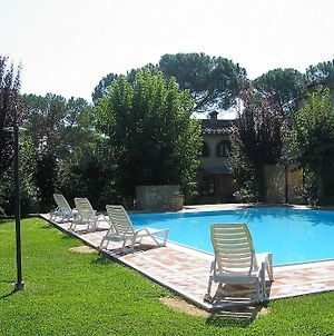 Colle Di Val D'Elsa Villa Sleeps 8 Pool photos Exterior