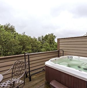 Ski-Inski-Out Private Deck Hot Tub - 7 Springs Sunridge Condo 2Br 2Ba-Slps 9 photos Exterior