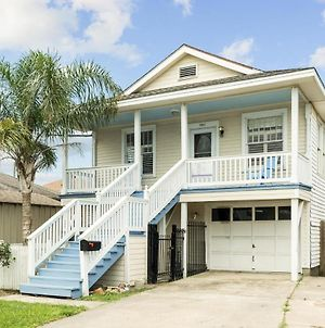 Charming Classic Beach Bungalow 2 Blocks From Seawall - Pops Playa Hq! photos Exterior