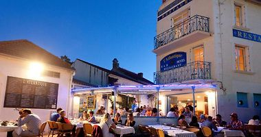 La Tranche Sur Mer Hotels France Vacation Deals From 56 Usd Night Booked Net