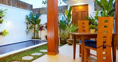 Seminyak Bali Hotels Indonesia Vacation Deals From 5 Usd Night Booked Net