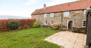 Hotels In Sandsend United Kingdom Holiday Deals From 65 Gbp Night Hotelmix Co Uk Tipple cottage is full of history and original features and provides a without doubt, tipple cottage is one of whitby's most interesting properties. hotels in sandsend united kingdom