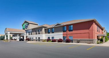 Holiday Inn Express & Suites Three Rivers photos Exterior Holiday Inn Express and Suites Three Rivers
