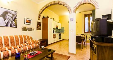 Palestro Old Town Bologna Italy From Us 203 Booked