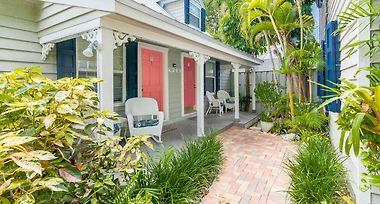 Old Town Garden Villas Key West Fl United States From Us 321