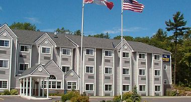 Microtel Inn & Suites Parry Sound photos Exterior Parry Sound Inn and Suites