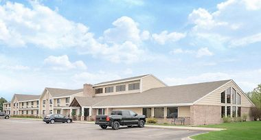 Baymont Inn And Suites Lakeville photos Exterior Baymont by Wyndham Lakeville