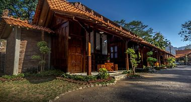 Hotel The Omah Borobudur Magelang Indonesia From Us 30