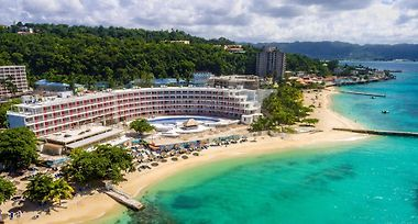 Hotel Royal Decameron Cornwall Beach