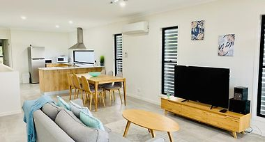 Daydreaming Airlie Beach Water Views & Only 200M To Boardwalk. photos Exterior
