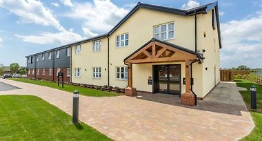 Hotel Smugglers Cove By Marstons Inns Clacton On Sea 4