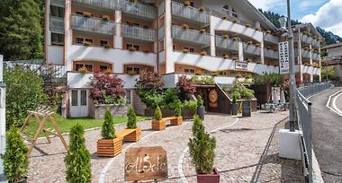 Hotel Resort Al Sole Canazei 3 Italy From Us 258 Booked