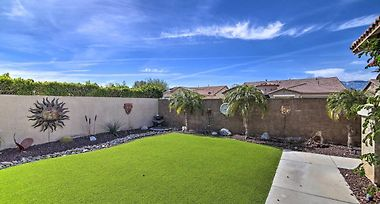Luxury Desert Hot Springs Home On Golf Course photos Exterior Luxury Desert Hot Springs Home On Golf Course