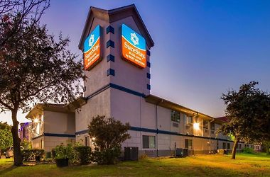Surestay Plus Hotel By Best Western Benbrook Ft Worth photos Exterior