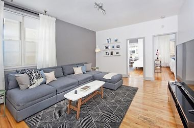 Boho Chic Three Bedroom Apartment Minutes To Nyc Ten Beds Hoboken Nj United States From Us 340 Booked
