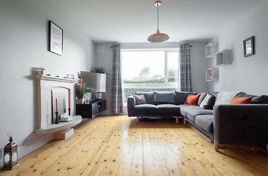 Spacious 1 Bedroom Apartment Near The Triangle Dublin Ireland From Us 231 Booked