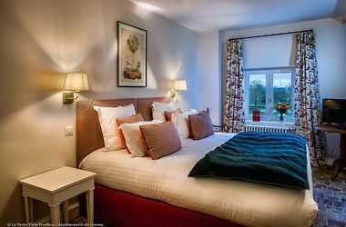 Hotel La Petite Folie Honfleur France From Us 225 Booked